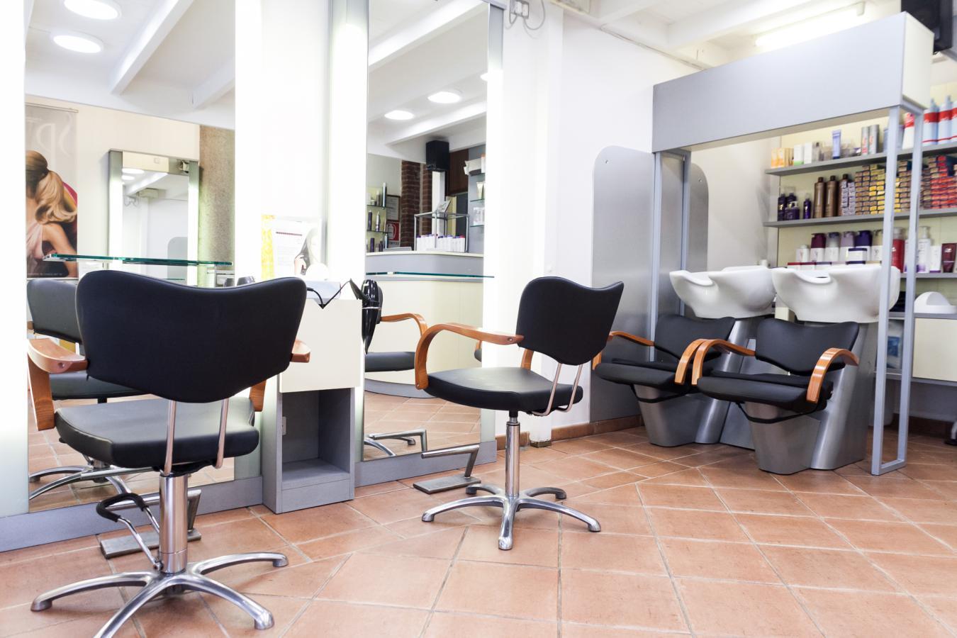 Marando parrucchieri piazza guglielmo oberdan 3 milano for Arredamento parrucchieri milano