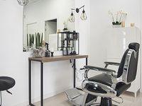 Chloes Beauty Salon - 13